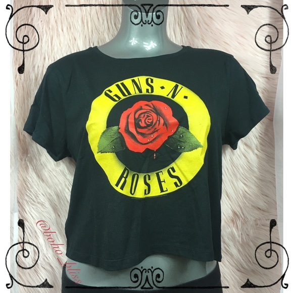 e6a17a1fb Tops | New Guns N Roses Short Sleeve Crop Tee | Poshmark